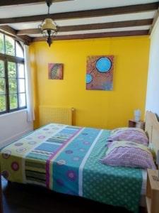 Gite Riparia : La chambre jaune